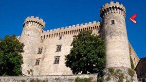"""torre del castello di Bracciano usata per Volterra ne """"I Medici"""" serie tv"""