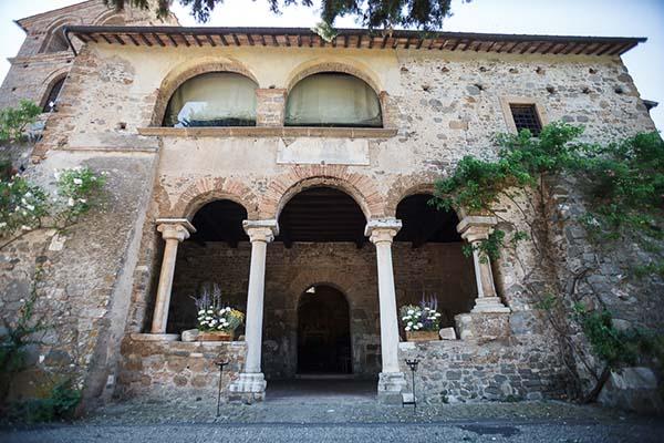 esterno della Chiesa di San Liberato a Bracciano