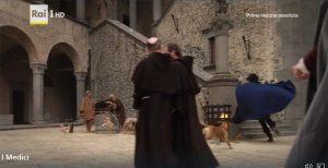 I Medici location: il cortile interno del castello di Bracciano