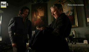 """""""I Medici"""" s01e01: Giovanni controlla la veste del figlio Lorenzo"""