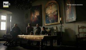 Dustin Hoffman, Richard Madden e Stuart Martin nella Sala del Trittico del Castello di Bracciano