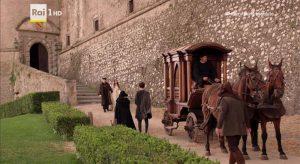 Annabel Scholey nel castello di Bracciano