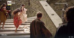 Medici filming location: scalinata del castello di Bracciano