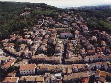 Vista aerea del centro di Canale Monterano