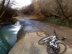 escursione in mountain bike a Oriolo e Vejano