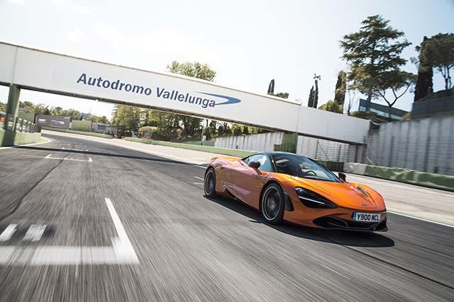 l'Autodromo di Vallelunga durante una gara