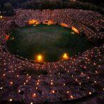 l'afiteatro romano di Sutri illuminato da mille candele