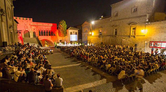 Caffeina Festival a piazza San Lorenzo Viterbo