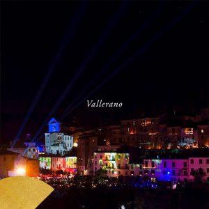 il paese di Vallerano in notturna