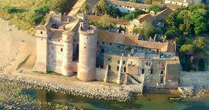 il castello di Santa Severa visto dal drone