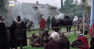 I Medici serie tv s01e04: l'accampamento di Sforza nel borgo di Rota